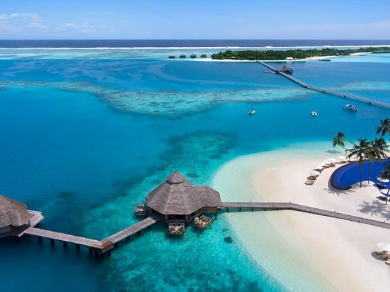 Alif Dhaalu Atoll Maldives Resort Beds